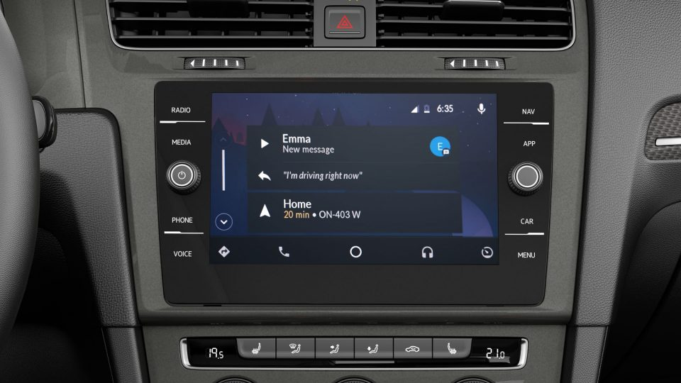 2018 Golf Alltrack App Connect
