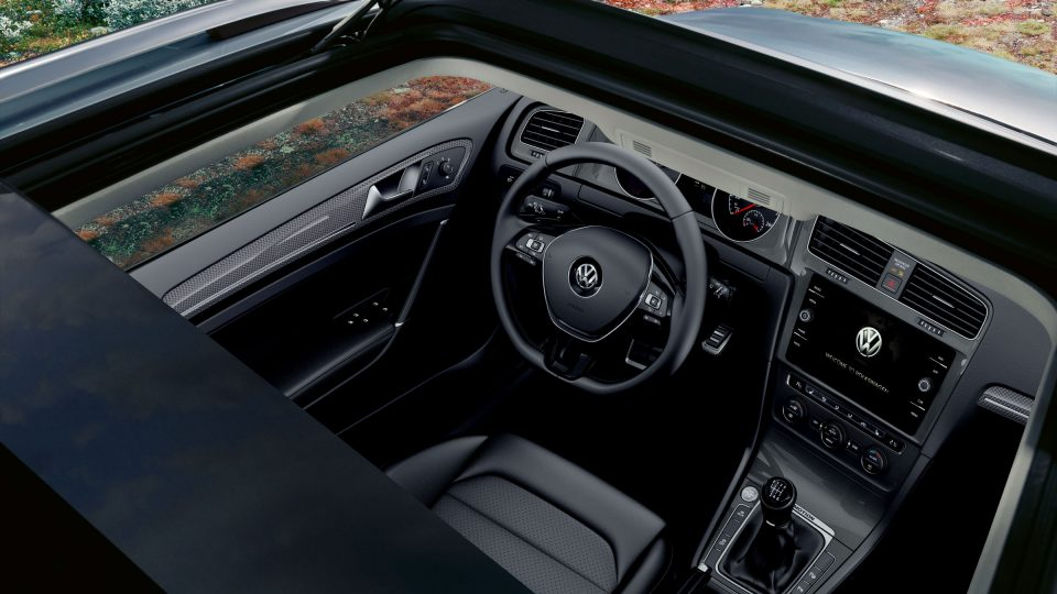 2018 Golf Alltrack panoramic sunroof