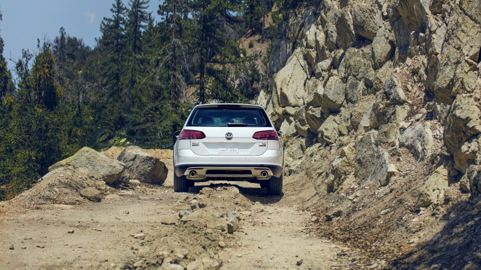 2018 Golf Alltrack raised suspension